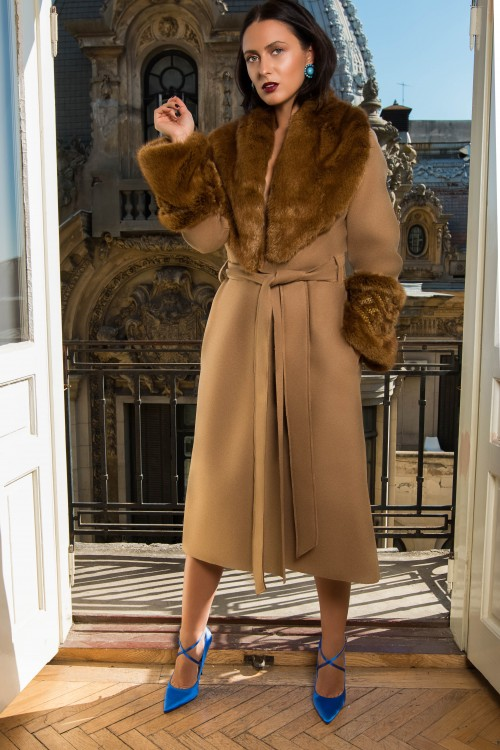 Diamond Camel Wool Coat