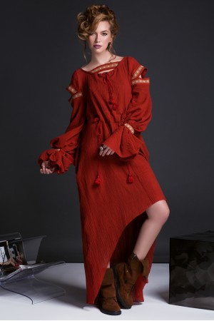 ROCOCO DRESS IN RED