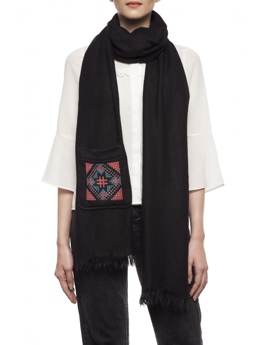Blossom Eye Black Winter Scarf with Pocket