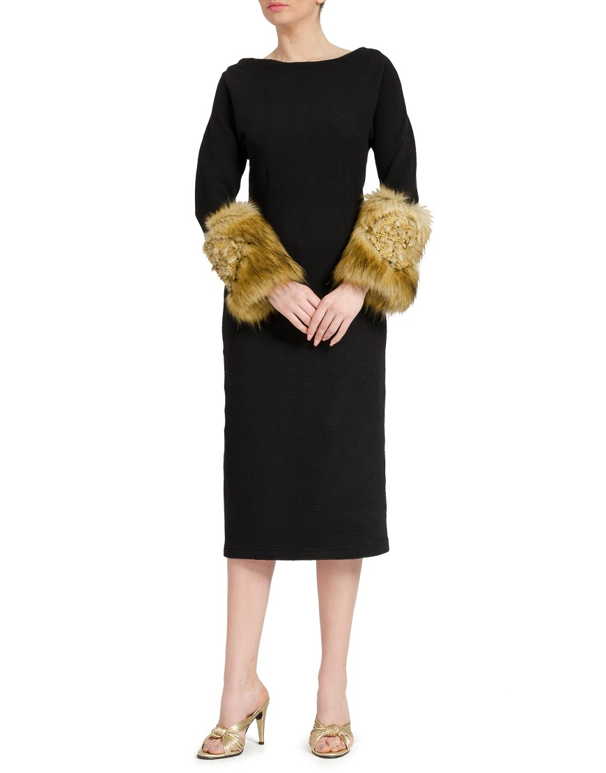 Wool Black Dress with Fur Slevees